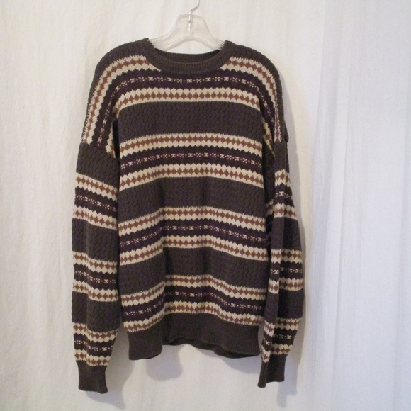 Roundtree & Yorke Other - Rountree & Yorke Striped Sweater